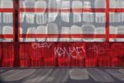 france, region ile de france, paris 12e arrondissement, rue de bercy, reflets de vitres sur les palissades et les algeco des travaux du popb(bercy arena) parc de bercy, les dents de la ville