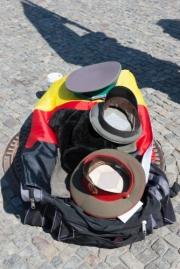 allemagne (germany), berlin, porte de brandebourg, au bout de friederichstrasse, ostalgie, tourisme de nostalgie de l'allemagne d el'est,