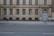 allemagne, germany, berlin, scheunenviertel, quartier des granges, immeuble et voies de tramway