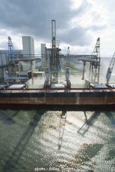 GillesTargat_portuaire_industrie0217.jpg